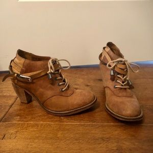 Carson Leather Lace Up Boots